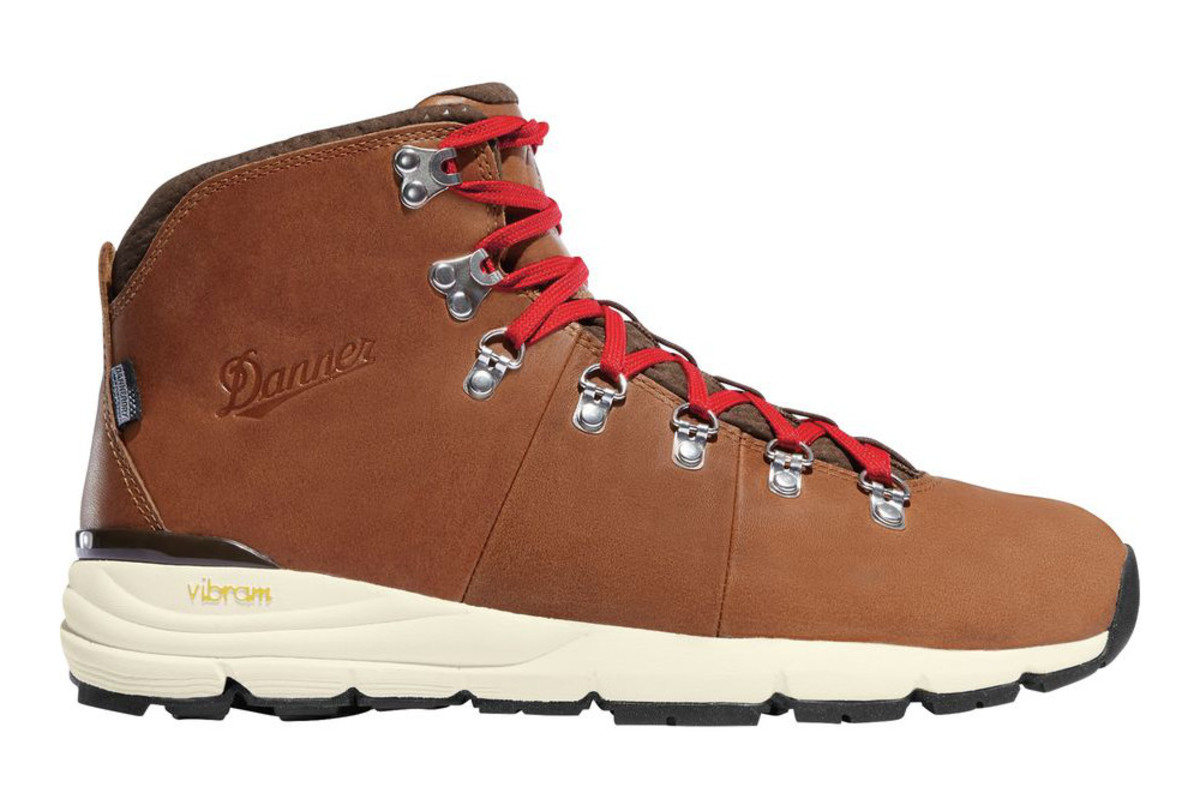 danner-mountain-600-boot.jpg
