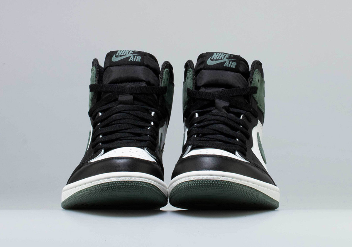 air-jordan-1-retro-high-og-clay-green-02