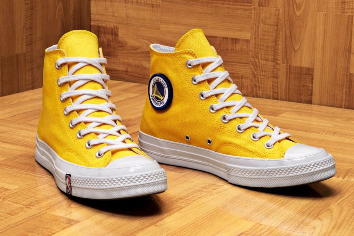 c03b6567b0 Support Your Favorite NBA Team With These Custom Converse Chuck 70s ...