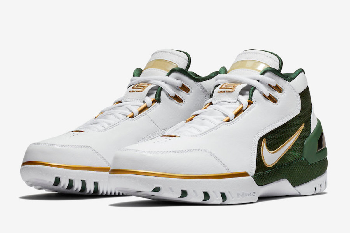 the latest c3f82 c7401 LeBron James  Nike Air Zoom Generation