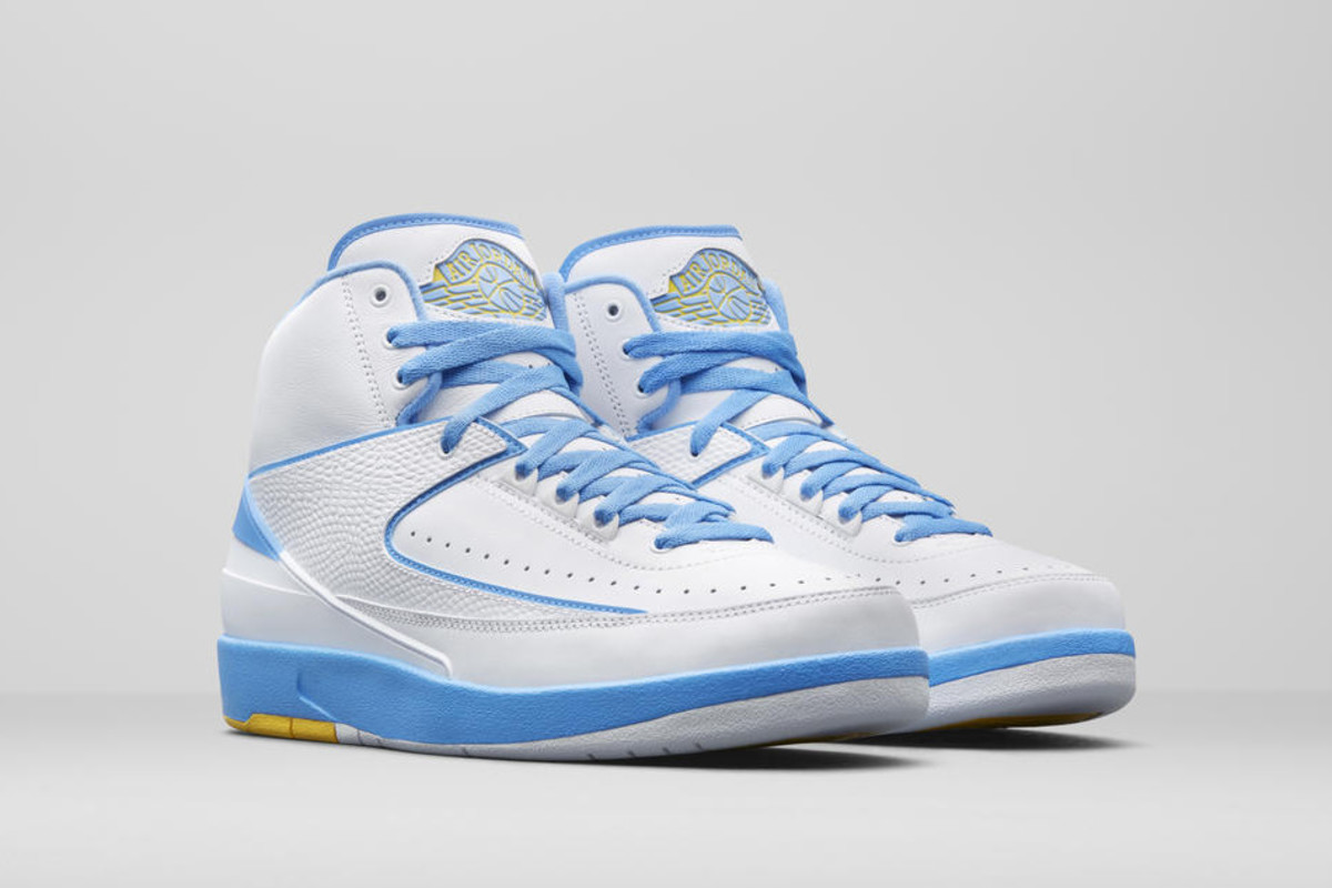 best sneakers 6d9b7 d1416 Carmelo Anthony s Air Jordan 2 PE Returns for the First Time ...