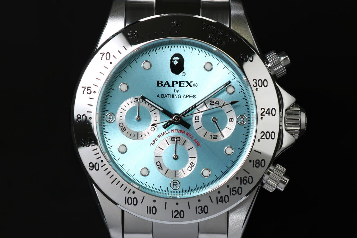 bape-type-3-bapex-watches-silver-gold-02