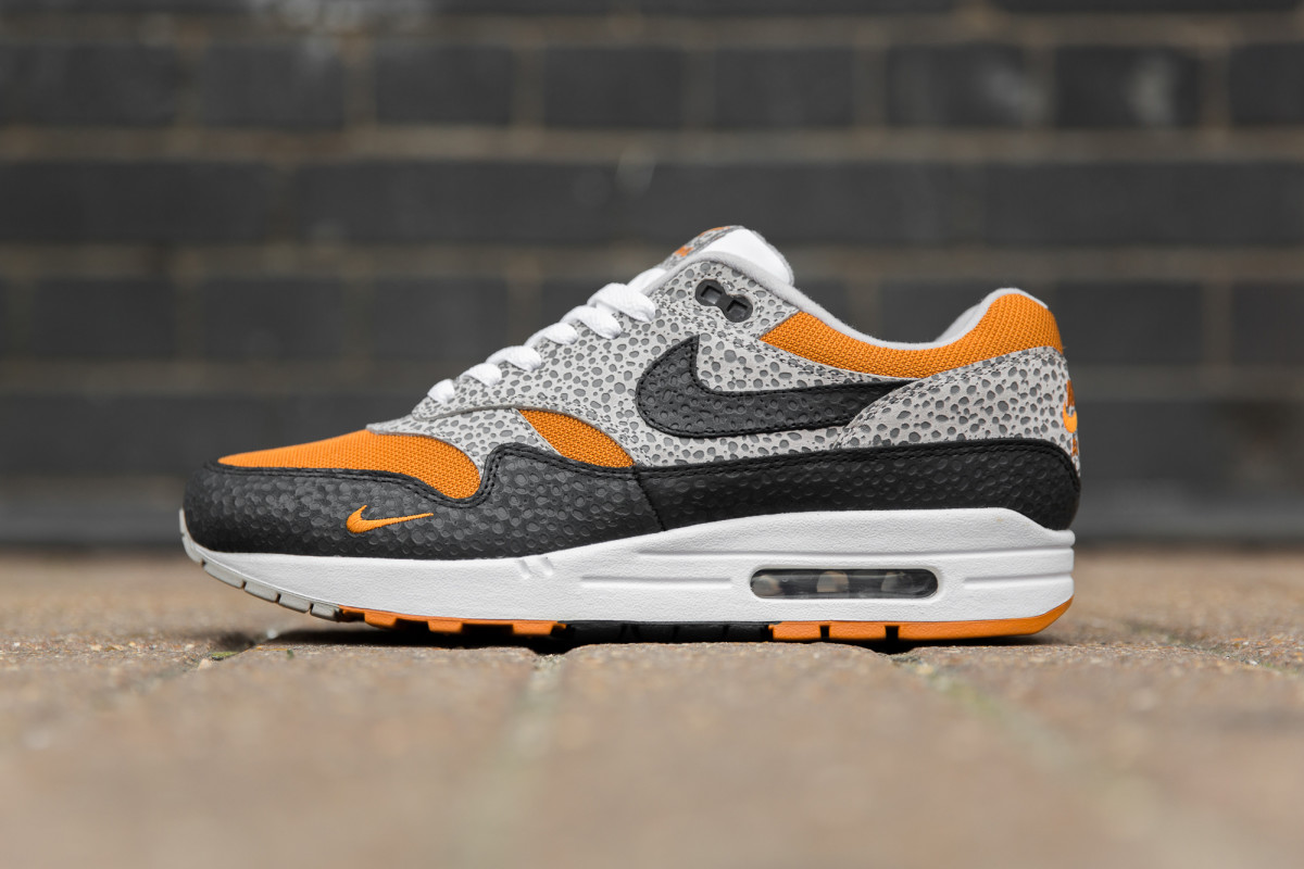This Nike Air Max 1 Completes the size Exclusive