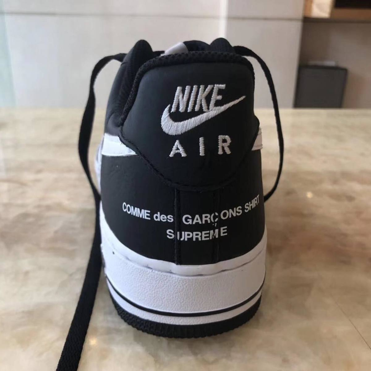 online store c5fea 69f6b Supreme and COMME des GARÇONS Reunite on a New Nike Air ...