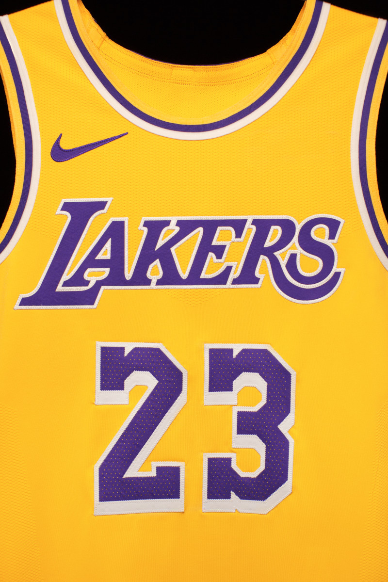 nike-lebron-james-icon-lakers-jersey-02