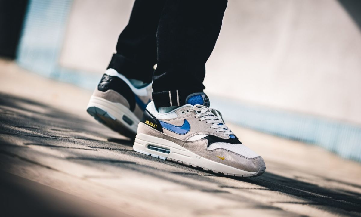 Delgado honor demasiado  The Nike Air Max 1 Takes on New Logo Elements - Freshness Mag