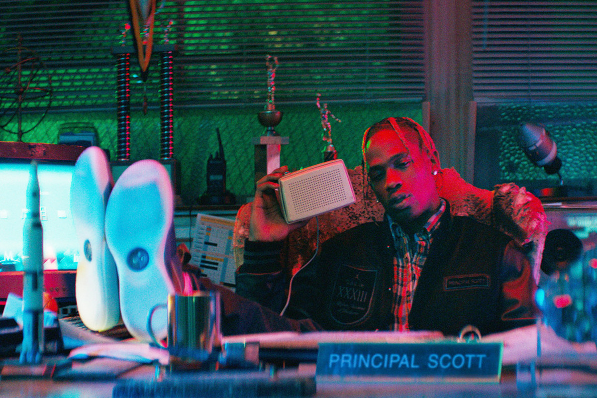 travis-scott-air-jordan-33-video