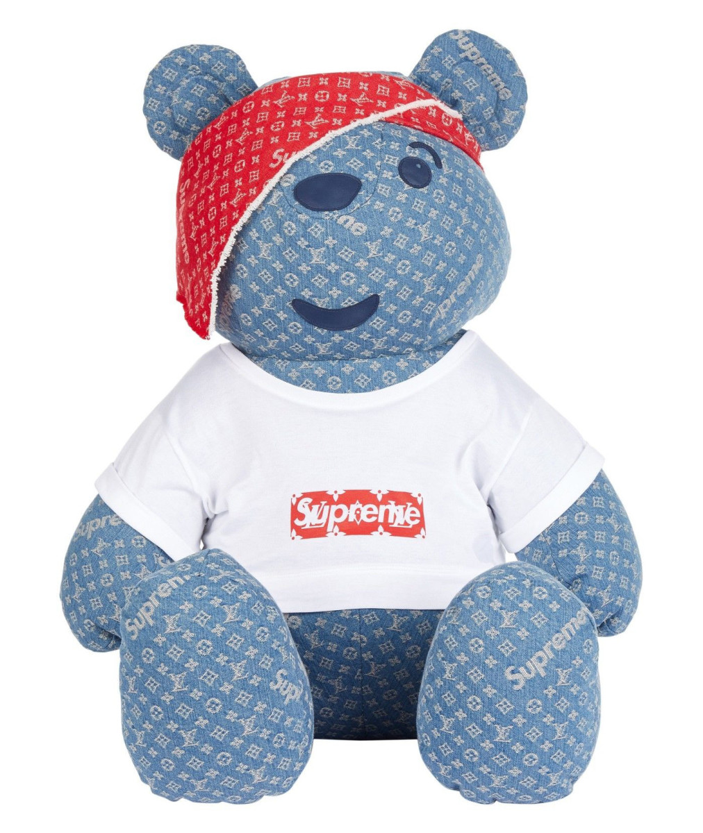 supreme-louis-vuitton-teddy-bear-01