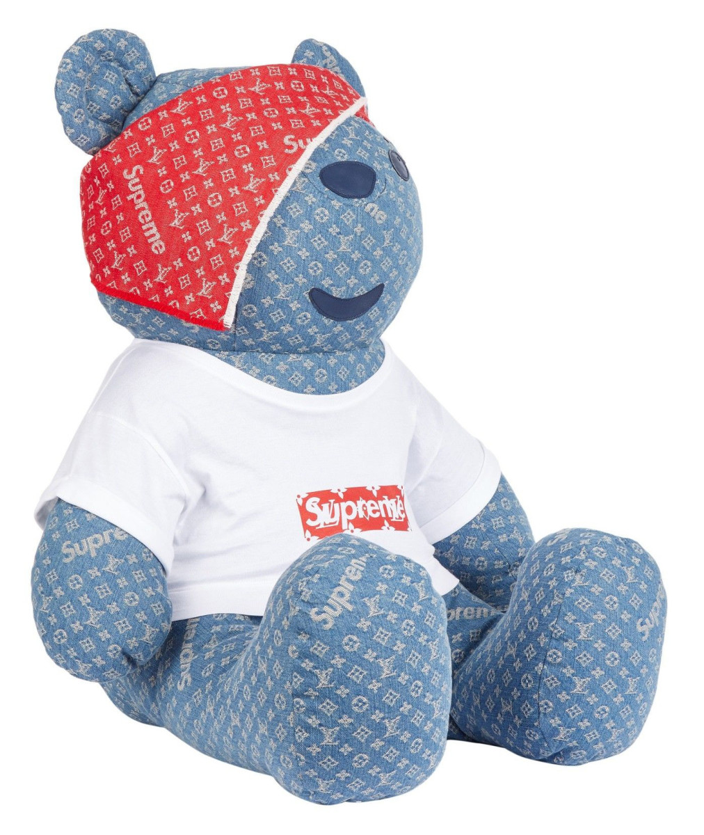 supreme-louis-vuitton-teddy-bear-02