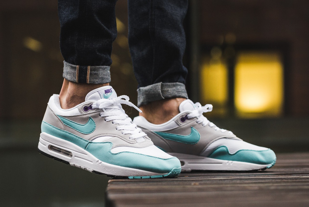buy popular 3b971 42a11 The Nike Air Max 1 Anniversary