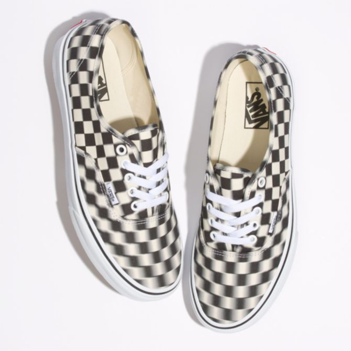 vans-blur-check-authentic