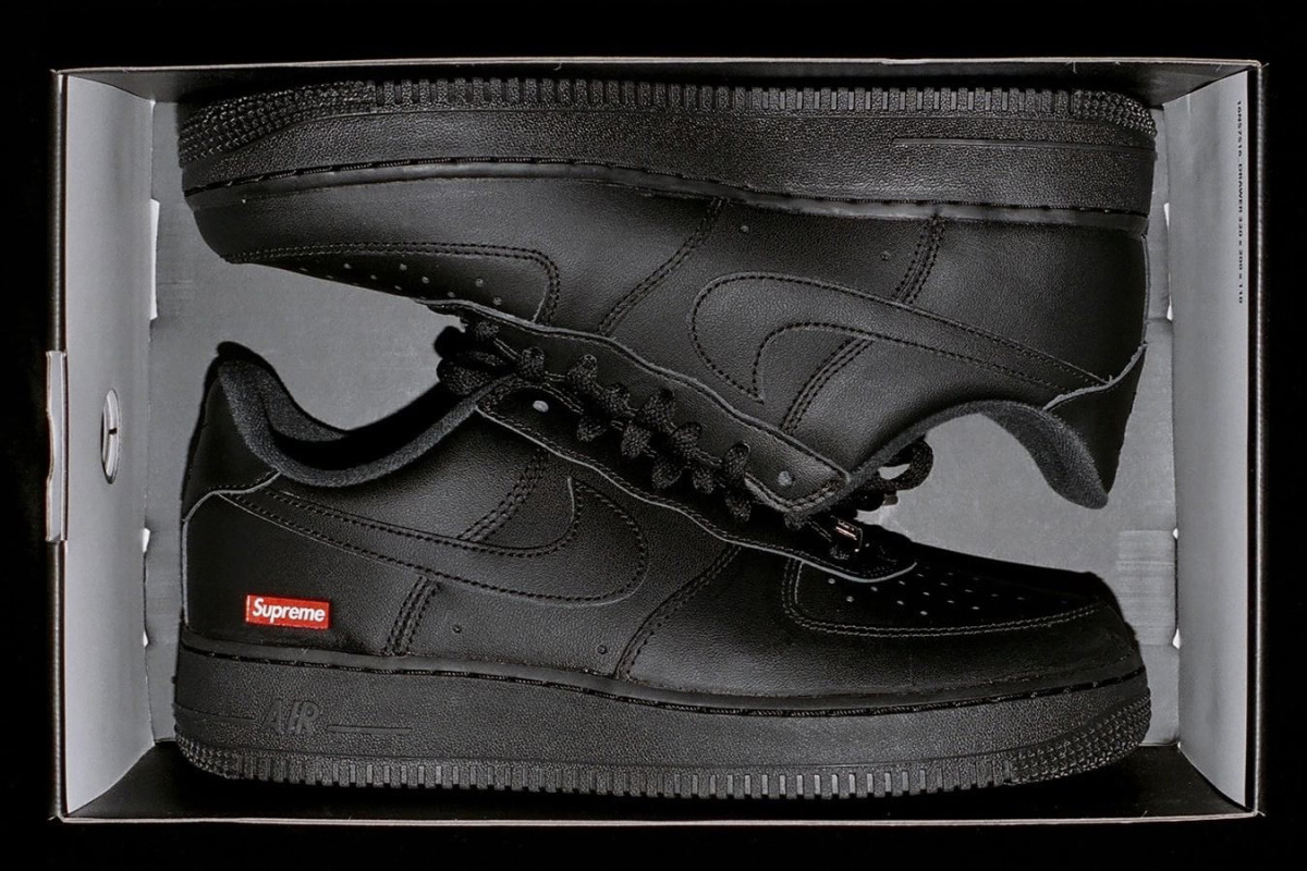 supreme-nike-air-force-1-preview-2020-2